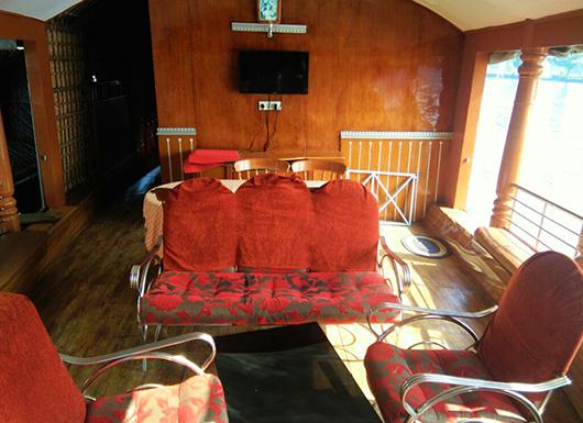 1 Bed Room Deluxe Houseboats In Kerala Pickadly Houseboats Kerala